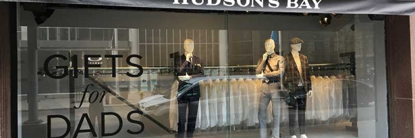 The Hudson's Bay uses PAC-LINE™ overhead conveyor in creative window display to catch the attention of walkers-by.