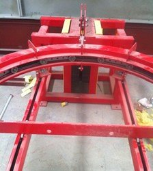 Side Slot Conveyor for Plastic Parts Finishing