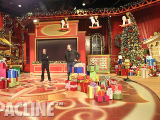 The Oprah Winfrey Christmas Show - uses a Pacline Overhead Conveyor to carry toys on and off stage.